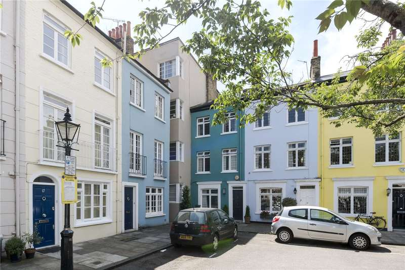 1 Bedroom Flat for sale in West Pembroke Court, 19 Pembroke Place, London, W8