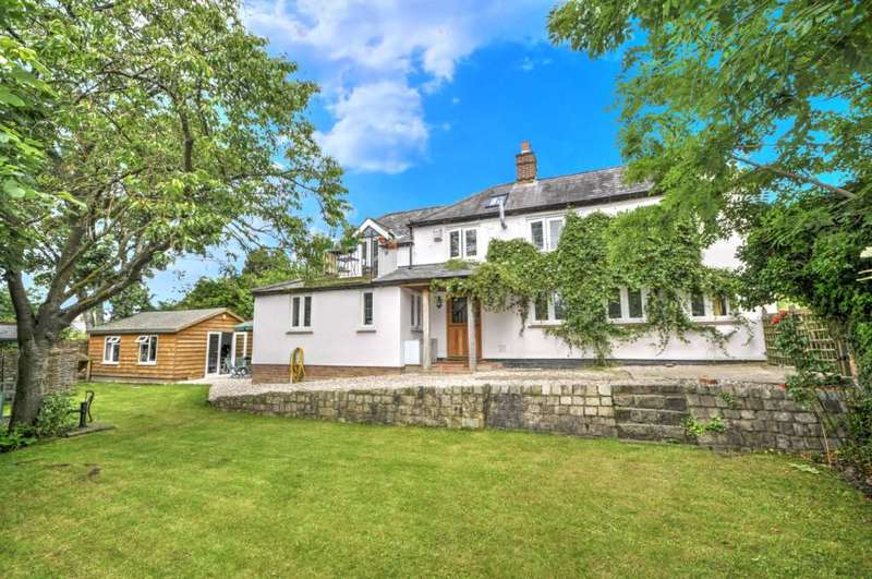 3 Bedrooms Detached House for sale in Perry Lane, Bledlow