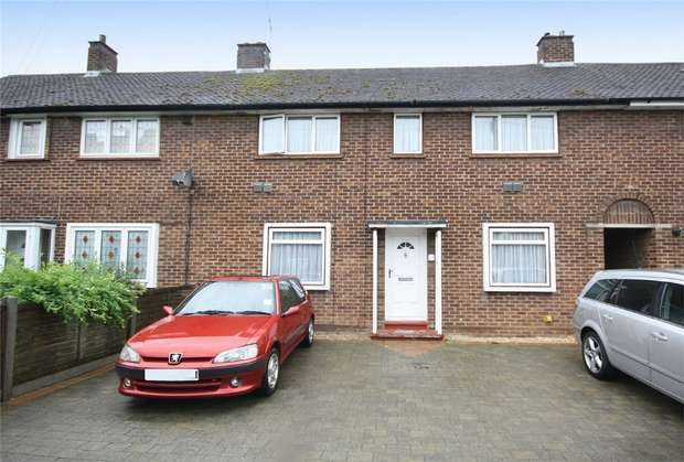 3 Bedrooms Terraced House for sale in Clare Road, Stanwell, Staines-upon-Thames, Surrey