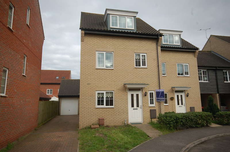 4 Bedrooms Town House for sale in Spindle Drive, Thetford