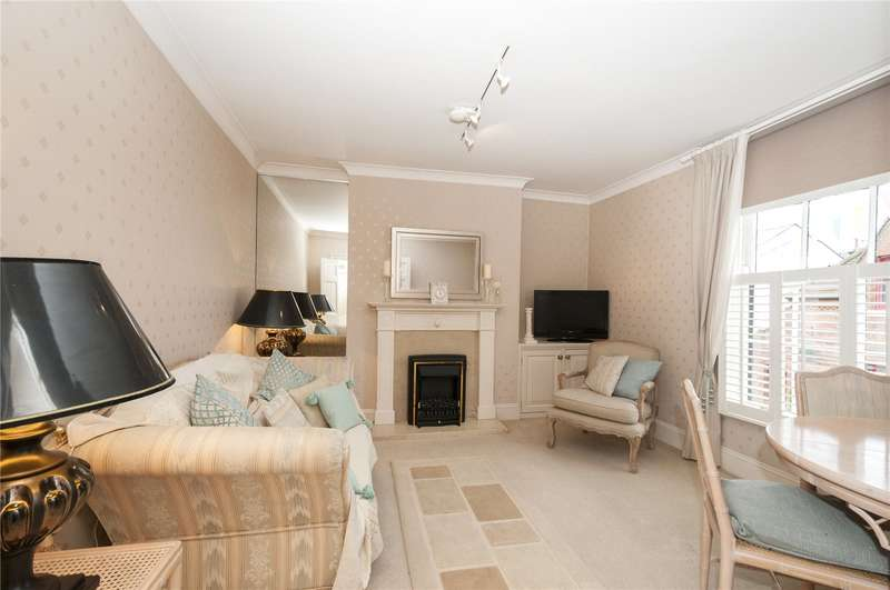 2 Bedrooms Flat for sale in Brighton Place, Brighton, East Sussex, BN1