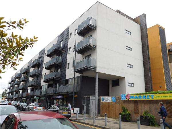 3 Bedrooms Apartment Flat for sale in Hulme High Street, Hulme, Manchester