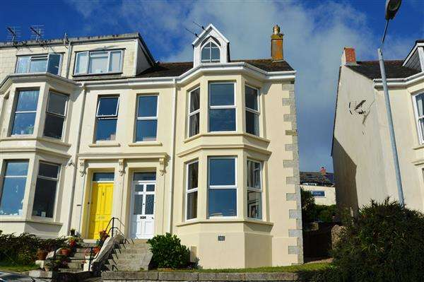 5 Bedrooms End Of Terrace House for sale in FALMOUTH