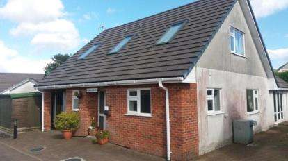 3 Bedrooms Detached House for sale in Bugle, St. Austell, Cornwall