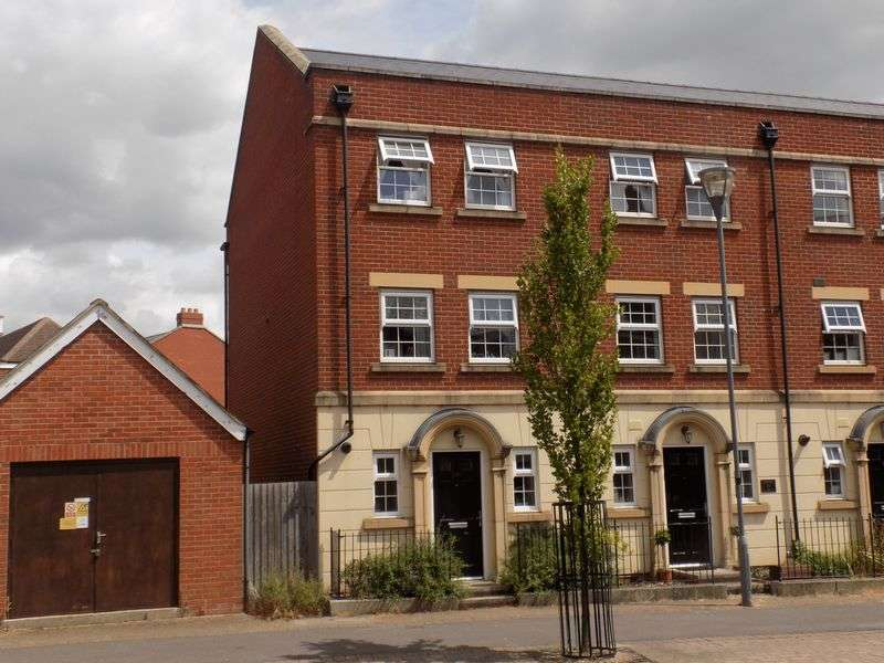 3 Bedrooms House for sale in Redhouse Way, Redhouse
