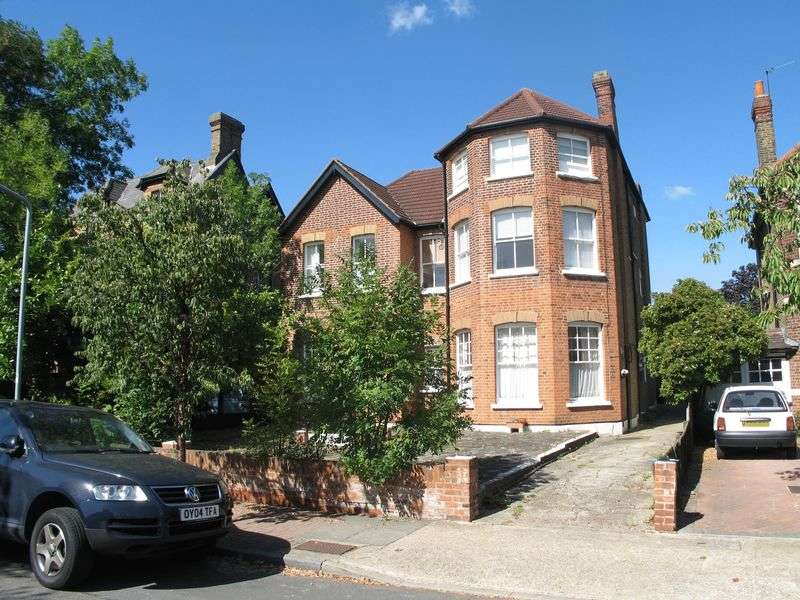 1 Bedroom Flat for sale in Avenue South, Berrylands/Surbiton