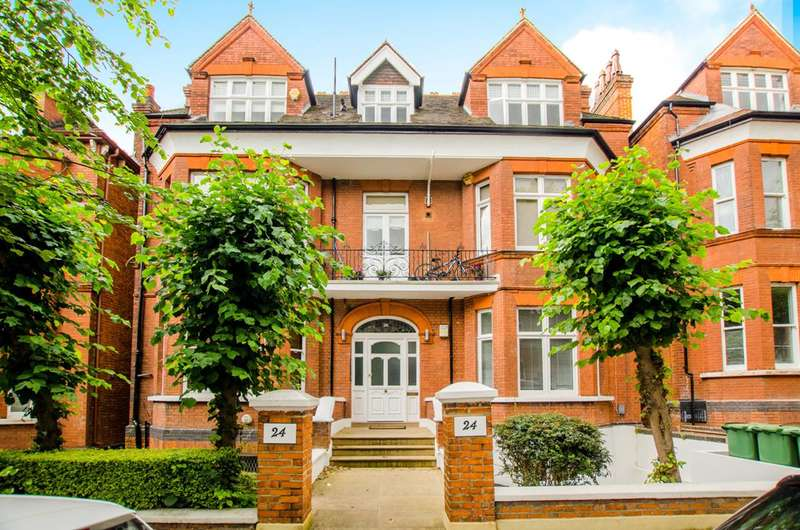 3 Bedrooms Maisonette Flat for sale in Hampstead, Hampstead, NW3