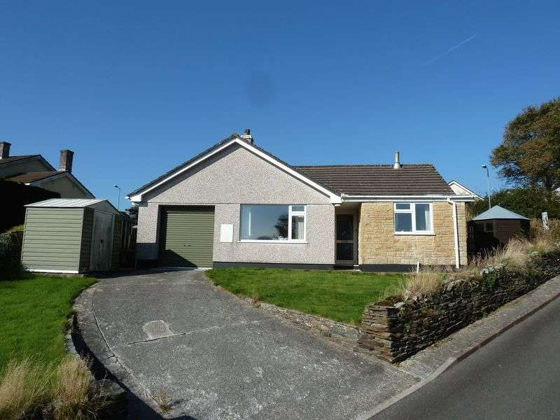 3 Bedrooms Detached Bungalow for sale in Hillhead Gardens, Camelford