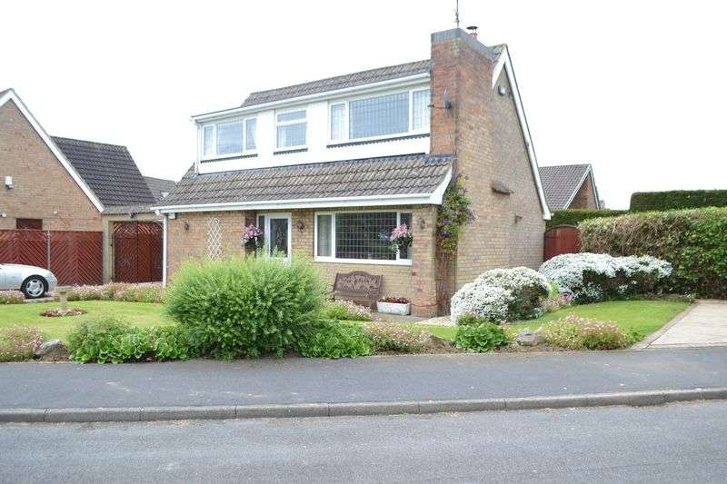 4 Bedrooms Detached House for sale in Dorset Close West, Burton Upon Stather, DN15 9EL