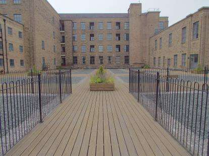 2 Bedrooms Flat for sale in Ilex Mill, Bacup Road, Rawtenstall, Lancashire, BB4
