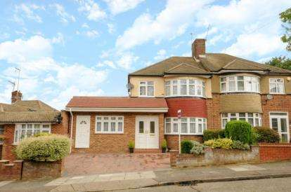 4 Bedrooms Semi Detached House for sale in Langford Crescent, Cockfosters