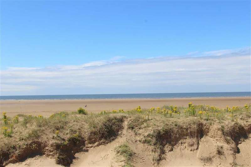 4 Bedrooms Property for sale in Summerfields, Lytham St Annes, Lancashire