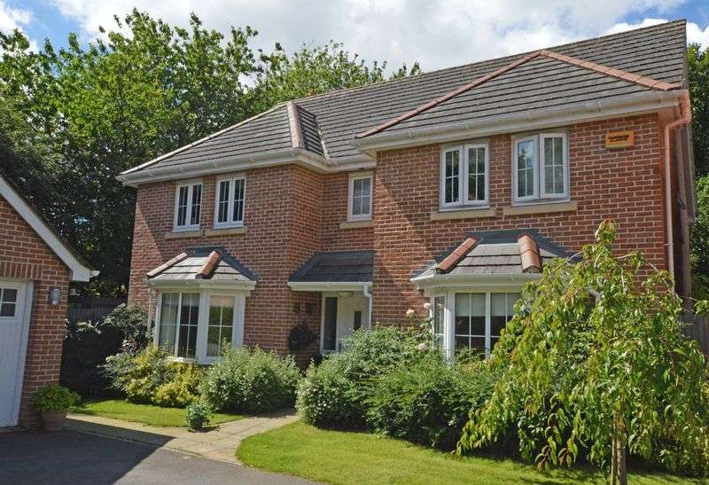5 Bedrooms Detached House for sale in Meadowbrook area, Four Marks, Hampshire