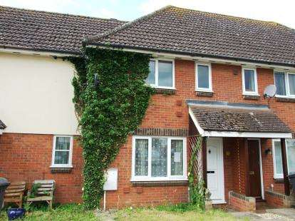 2 Bedrooms Terraced House for sale in Beck Row, Bury St. Edmunds, Suffolk