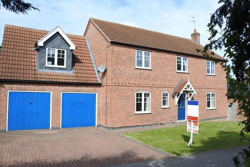 4 Bedrooms Detached House for sale in Montgomery Close, Grantham