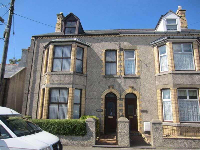 5 Bedrooms Semi Detached House for sale in Bethesda Street, Amlwch
