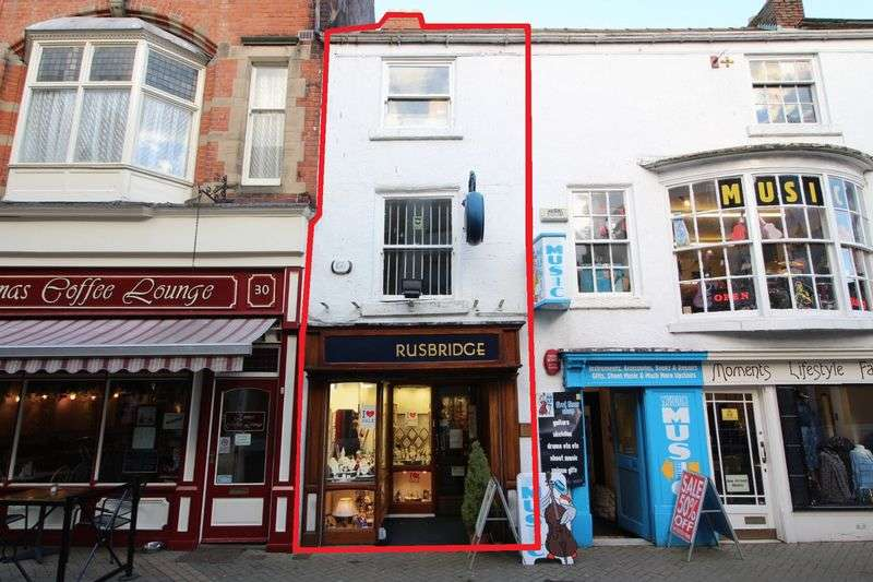 Property for sale in Huntriss Row, Scarborough