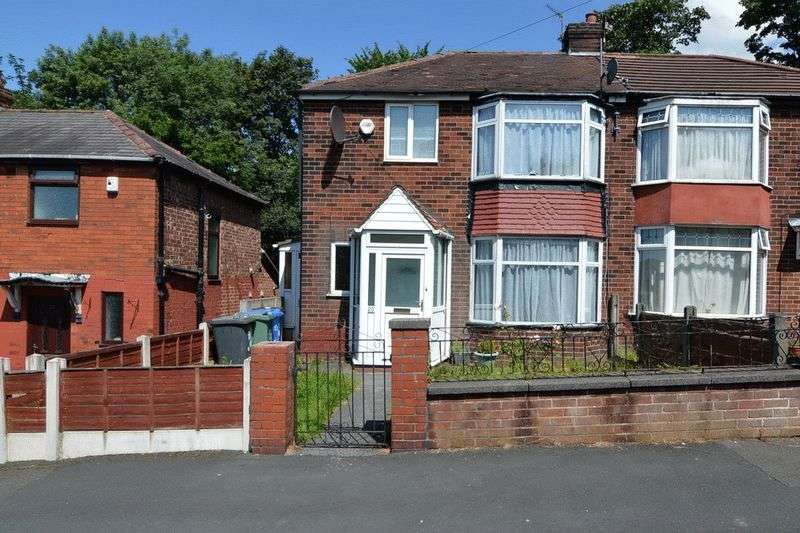 3 Bedrooms Semi Detached House for sale in Shakespeare Road, Prestwich, Manchester