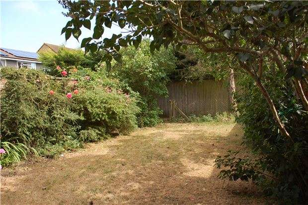3 Bedrooms Terraced House for sale in Jervis Avenue, Eastbourne, BN23 6DS