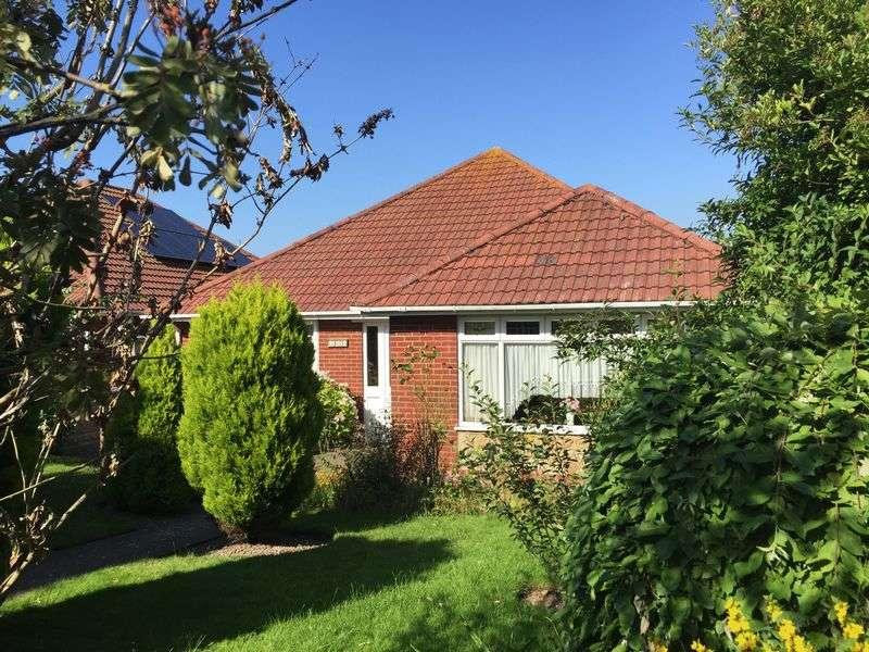 3 Bedrooms Detached Bungalow for sale in Sholden, Deal
