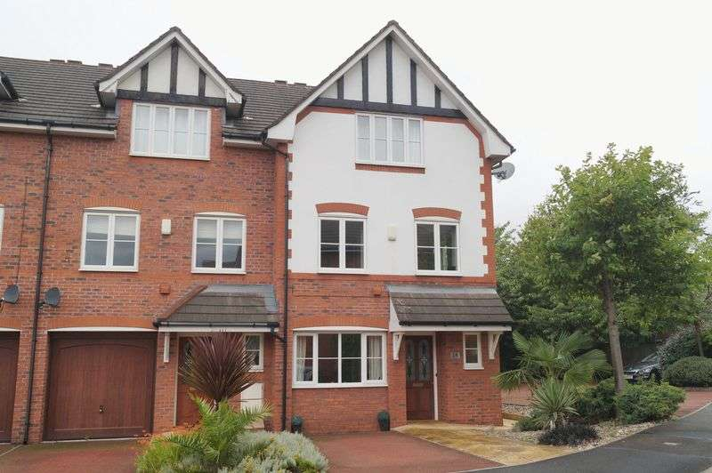 3 Bedrooms Terraced House for sale in Spires Gardens, Winwick, WA2 8WB