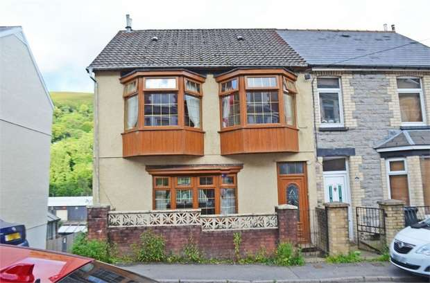3 Bedrooms End Of Terrace House for sale in Gwern Berthi Road, Cwmtillery, Abertillery, Blaenau Gwent