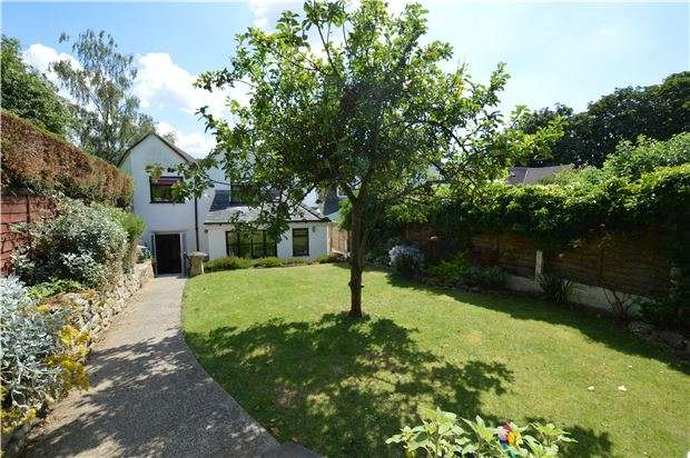 3 Bedrooms Cottage House for sale in School Lane, Southam, CHELTENHAM, Gloucestershire, GL52 3NR