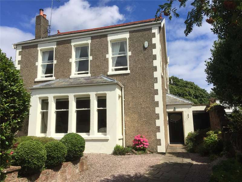 4 Bedrooms Detached House for sale in Oldfield Road, Heswall, Wirral