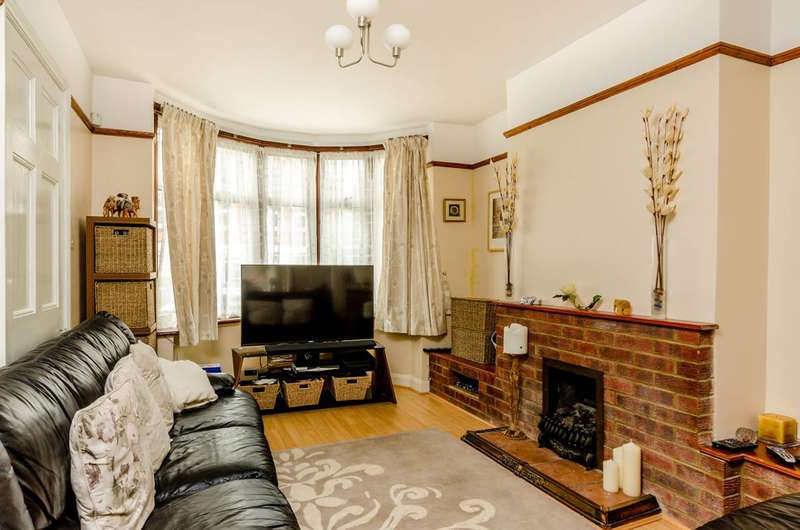 5 Bedrooms House for sale in Howberry Road, Thornton Heath, CR7