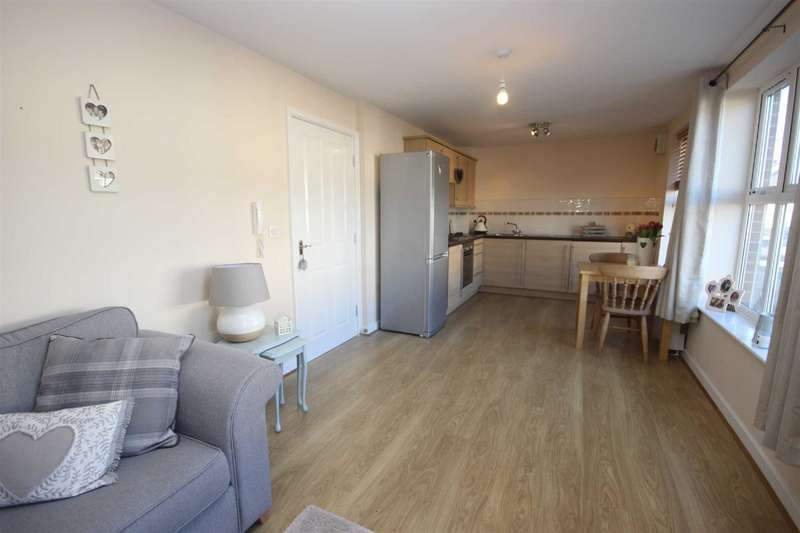 2 Bedrooms Property for sale in Meadow Rise, Meadowfield
