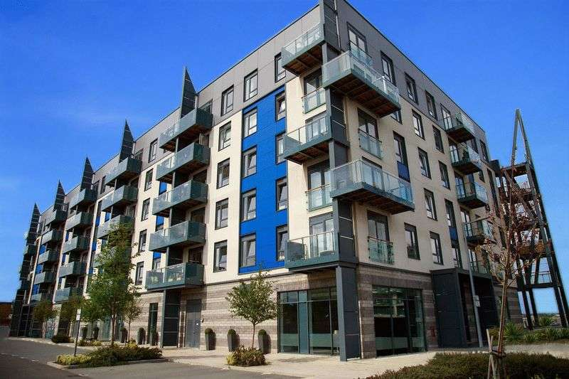 1 Bedroom Flat for sale in The Boathouse, Victory Pier, Gillingham