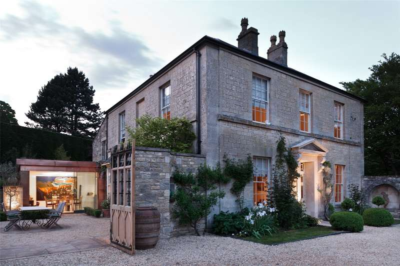 5 Bedrooms Detached House for sale in St. Marys, Chalford, Stroud, Gloucestershire, GL6