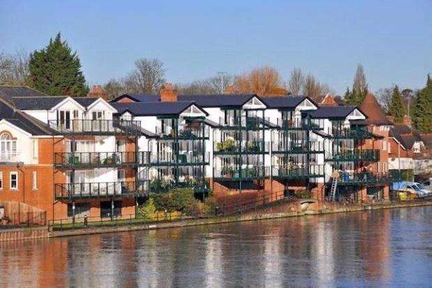 2 Bedrooms Apartment Flat for sale in Chandlers Quay, Ray Mead Road, Maidenhead