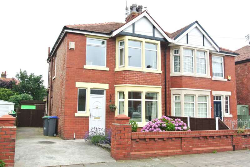 3 Bedrooms Semi Detached House for sale in Lindale Gardens, Blackpool, FY4 3PL