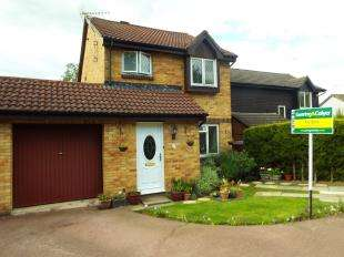 3 Bedrooms Detached House for sale in Paddock Road, Ashford, Kent