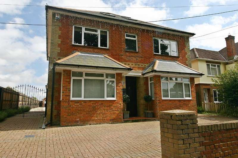 7 Bedrooms House for sale in Hound Road, Netley Abbey, Southampton, SO31 5FX