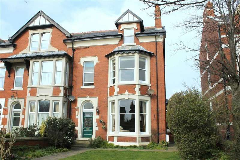 6 Bedrooms Property for sale in St Annes Road East, St Annes