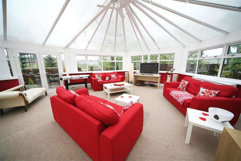 4 Bedrooms Property for sale in Haslingden Old Road, Rawtenstall, Rossendale