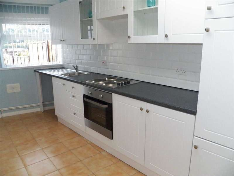 2 Bedrooms Property for sale in Middle Road, Cwmbwrla