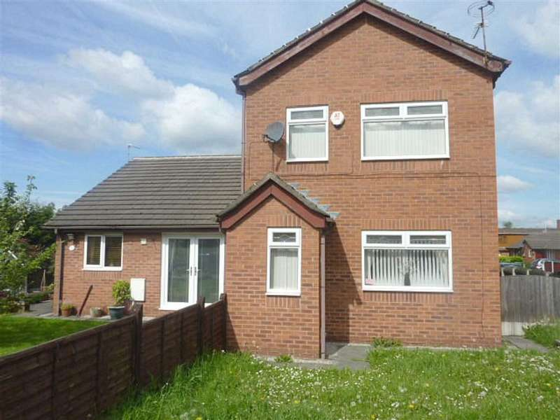 3 Bedrooms Property for sale in Ravenside Park, Chadderton, OLDHAM, Lancashire, OL9
