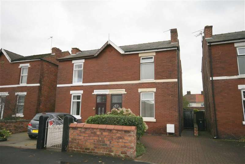 2 Bedrooms Property for sale in Scott Street, Southport