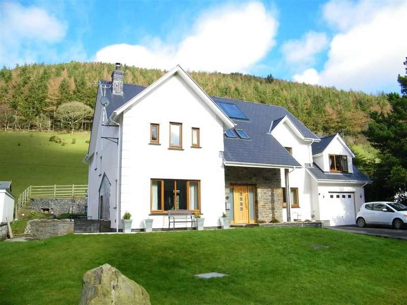 5 Bedrooms Detached House for sale in Penrhyncoch, Penbontrhydybeddau