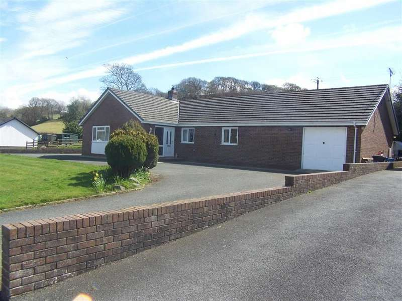 3 Bedrooms Detached Bungalow for sale in Ciliau Aeron, Lampeter