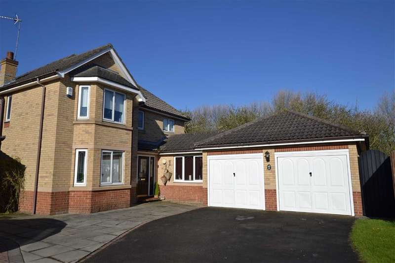 4 Bedrooms Property for sale in Tudor Close, Bridlington, East Yorkshire, YO15