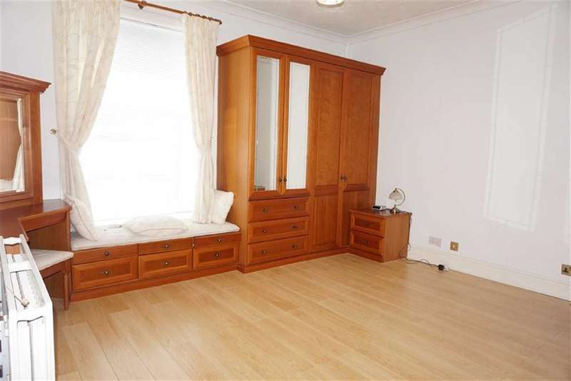 2 Bedrooms Property for sale in Ellison Fold Terrace, Darwen, Lancashire
