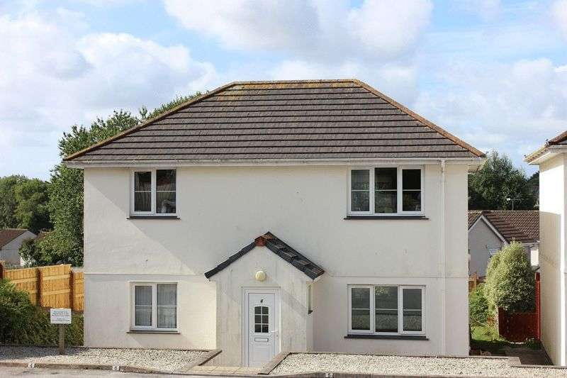 2 Bedrooms Flat for sale in Bownder Vean, St. Austell
