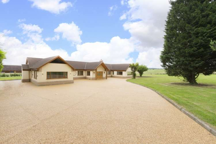 4 Bedrooms Bungalow for sale in Bower Lane Eynsford DA4