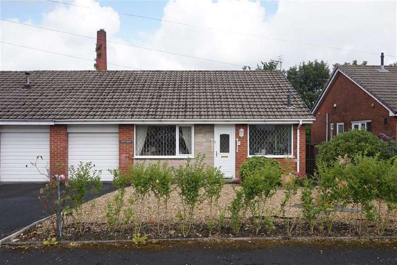 3 Bedrooms Property for sale in St Aidans Avenue, Darwen, Lancashire