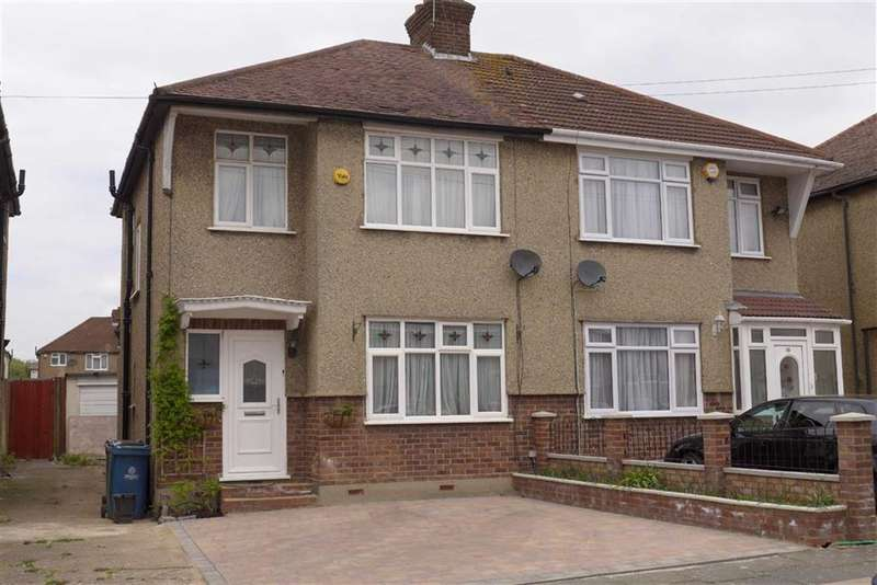 3 Bedrooms House for sale in Grange Avenue, Stanmore, Middx