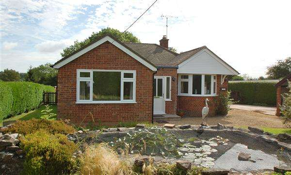 3 Bedrooms Detached Bungalow for sale in ELLWOOD ROAD,
